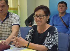 2016-nov-28-kyrgyzstan-seedsmen-and-seedswoman-visit-apsa-10
